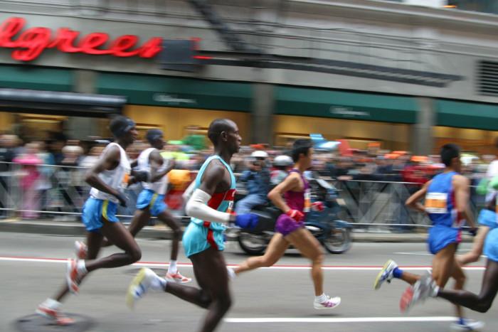 La ciencia detrás de los maratones: ¿Qué opinan los científicos del consumo de carbohidratos?