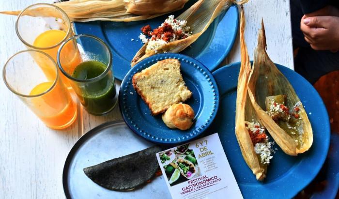 Feria gastronómica Verbena Azcapotzalco en el Parque Tezozómoc