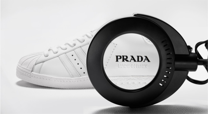 Prada y adidas presentan el primer drop de su alianza: Prada Superstar y Prada Bowling bag