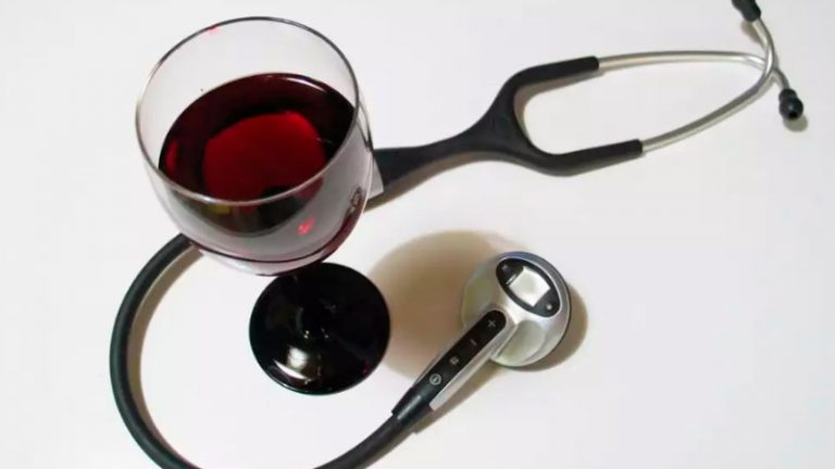 ¿Puedo tomar vino en Navidad si tengo diabetes?