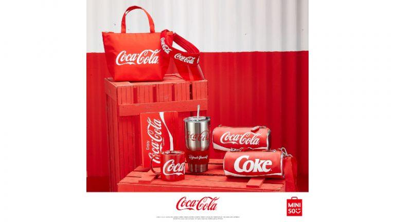 Descubre la frescura de la nueva colección de MINISO x Coca Cola