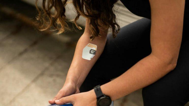 Gatorade lanza el primer parche inteligente que mide lo que pierdes al sudar