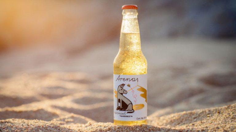 Baja Brewing Company presenta Arena Hidromiel, una innovadora propuesta a base de lúpulo y miel de abeja
